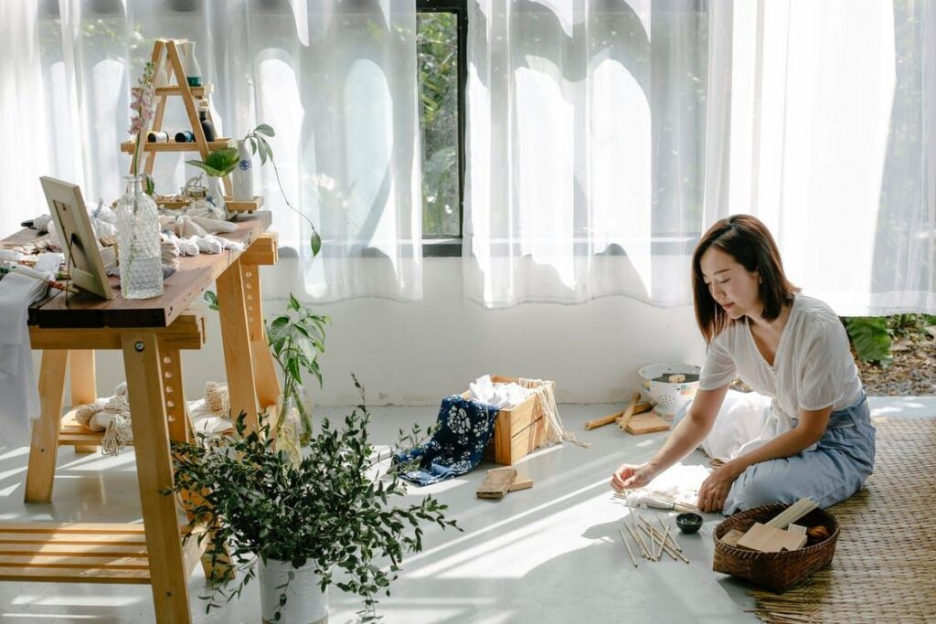 Japanese home décor involves letting in natural light